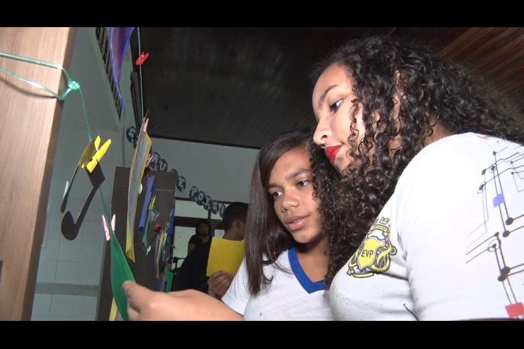 Recital de música e poesia encanta estudantes na Esmal